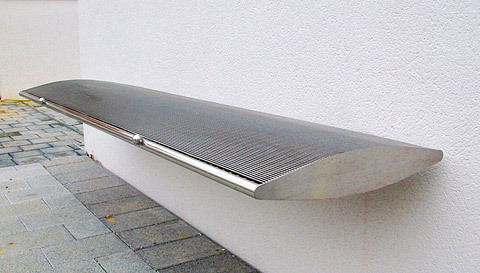 Cantilever Arc Bench - 2m