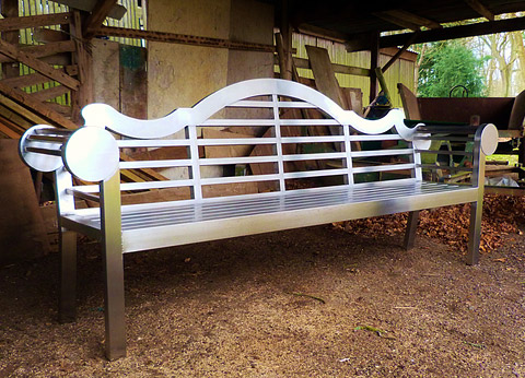Classic Bench Revisited - stainless steel - 2.5m prototype